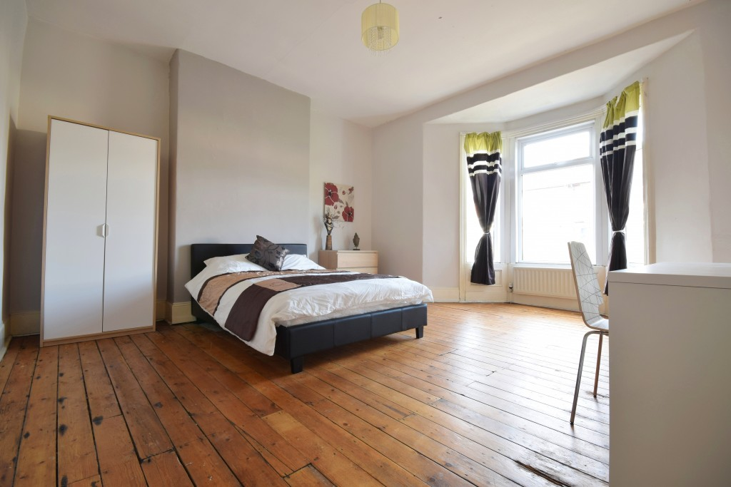 Chillingham road flat front bedroom
